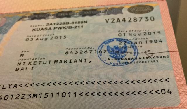 раскрытый паспорт